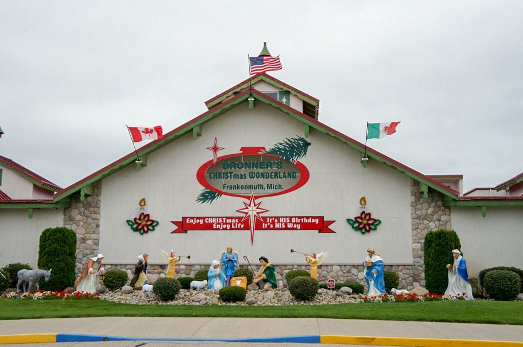 bronners christmas wonderland store frankenmuth michigan 3 - Stores Open On Christmas 2014