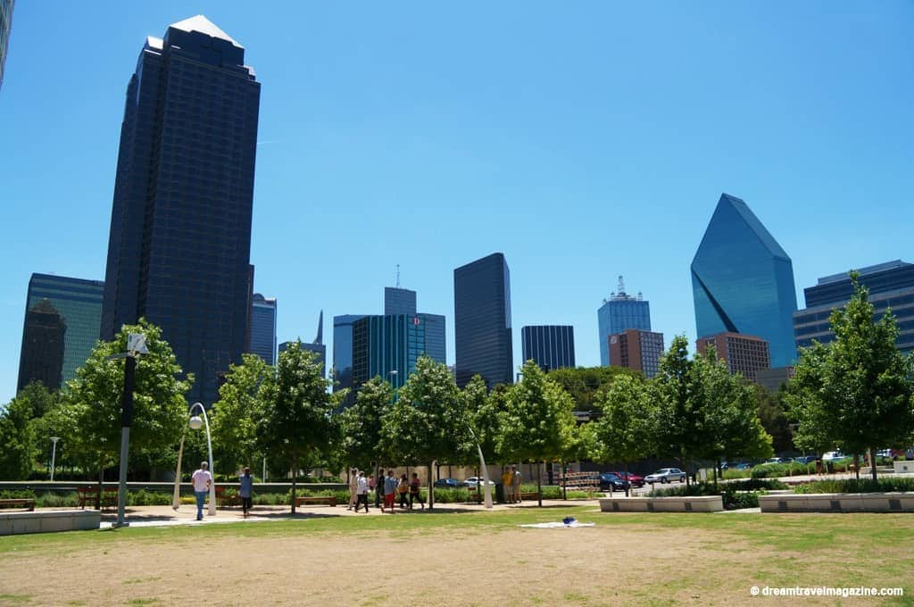 Dallas---Lark-on-the-Park-8