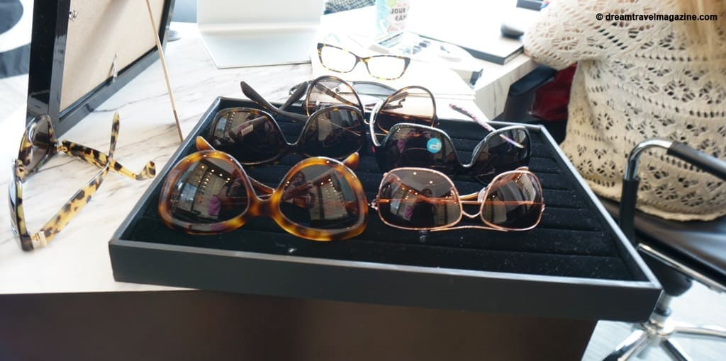 Tips to pick sunglasses for travel_angus glen optometry_01