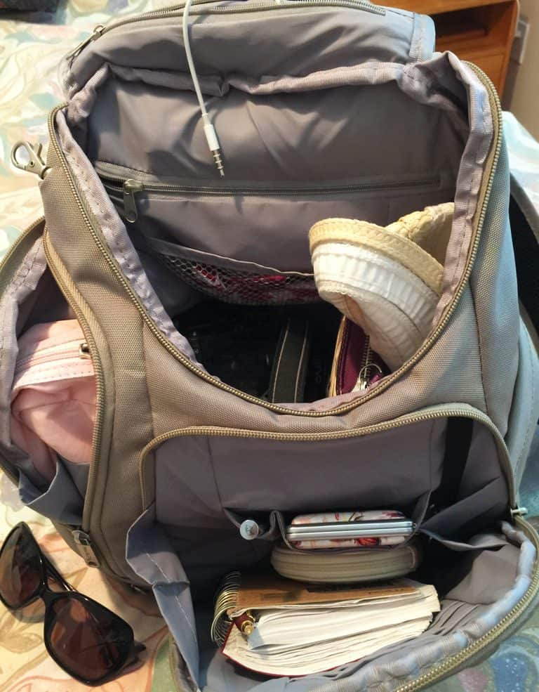 travel-review-travelon-classic-anti-theft-backpack_4764