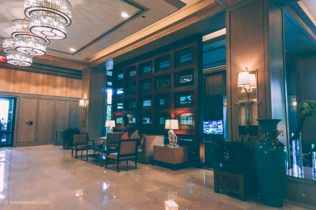 Lobby Four Seasons Resort Las Colinas
