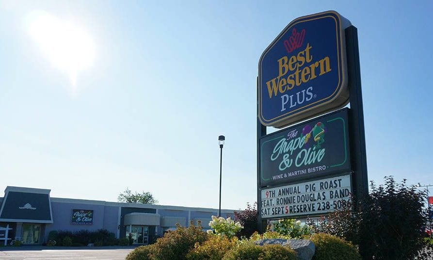Orillia-Hotel-Best-Western-Plus-Mariposa-featured