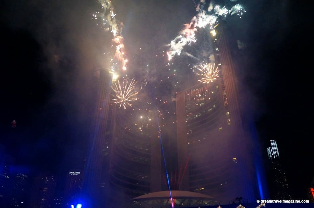 11-29-15-Toronto-Cavalcade-of-Lights-191