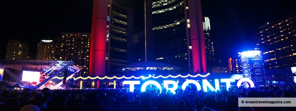 11-29-15-Toronto-Cavalcade-of-Lights-Featured