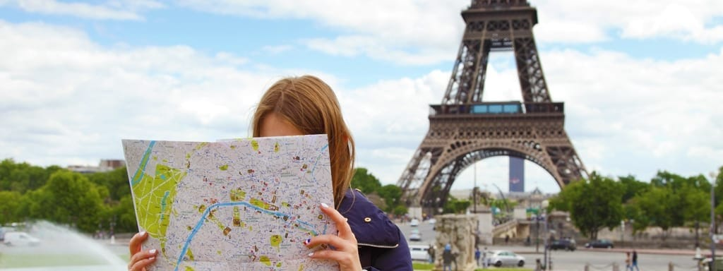 Booking with a Travel Agent vs. Booking Online
