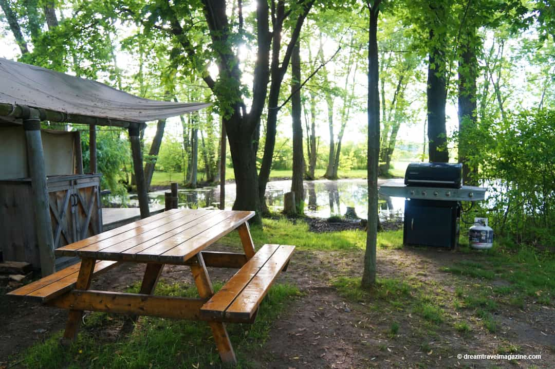 Tent on pond at Glamping-Oakwood-Escape-Dunnville-Ontario