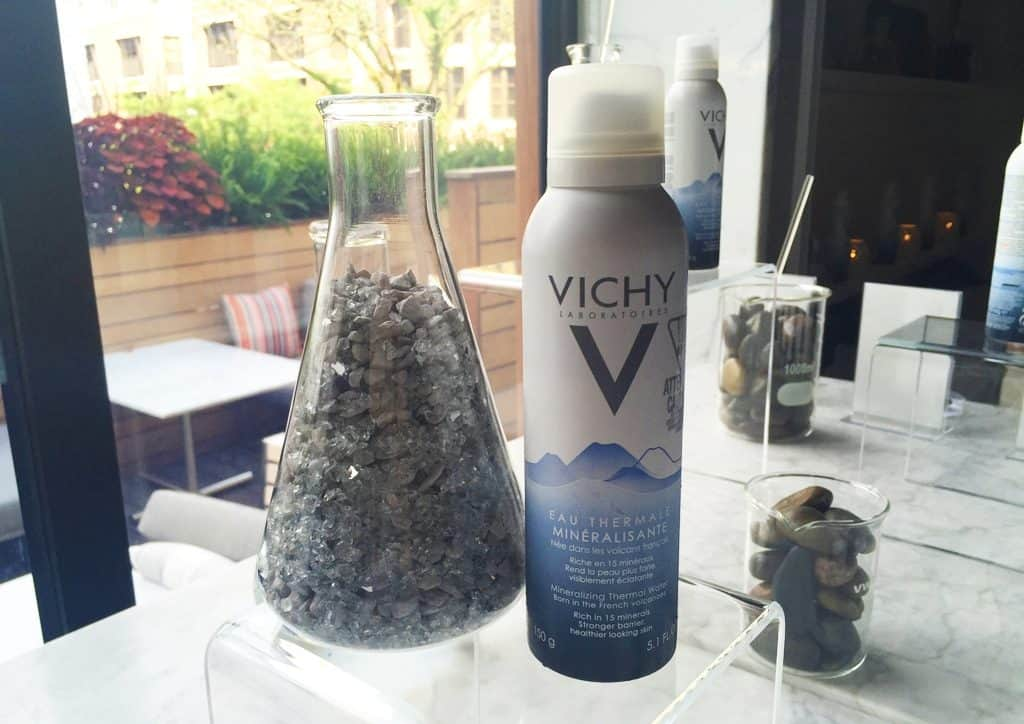 Vichy-Mineralizing-Thermal-Water-Facial-Mist_b