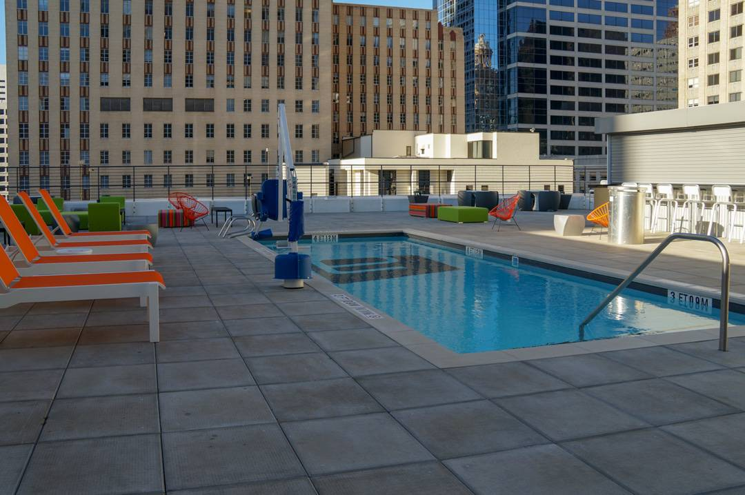 The splash pool on rooftop of Aloft Houston Downtown review