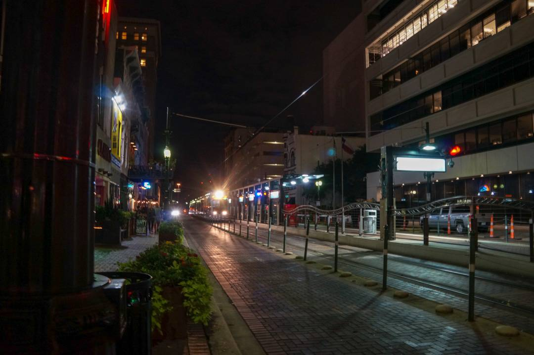 Houston street at night, discovering the houston nightlife with Houston Urban Adventures