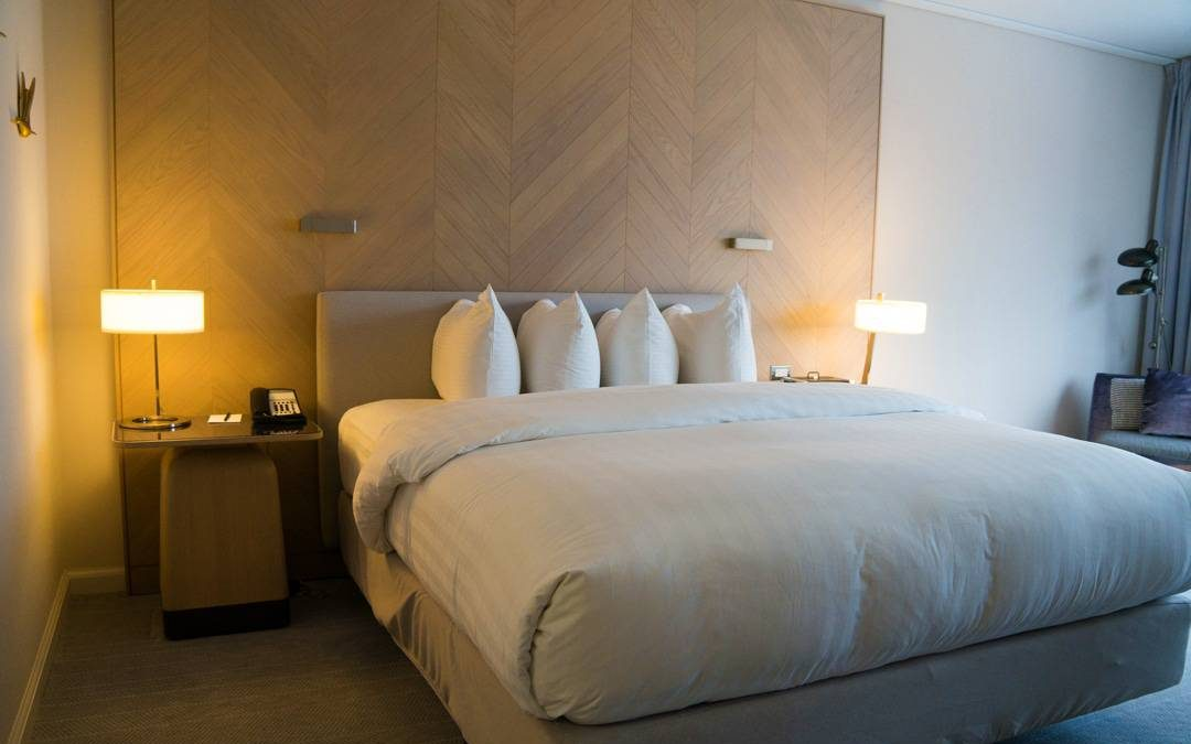 King size bed with pillows stacked Review Intercontinental Toronto Centre Hotel