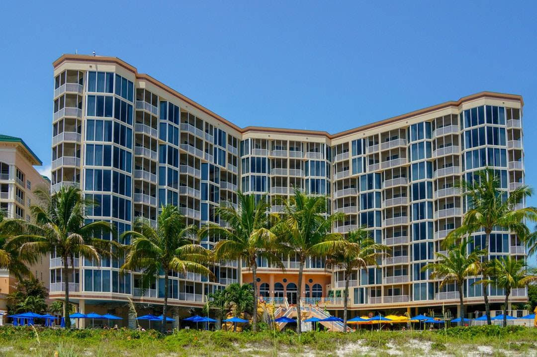 A Fort Myers Beach Favourite the Pink Shell Beach Resort