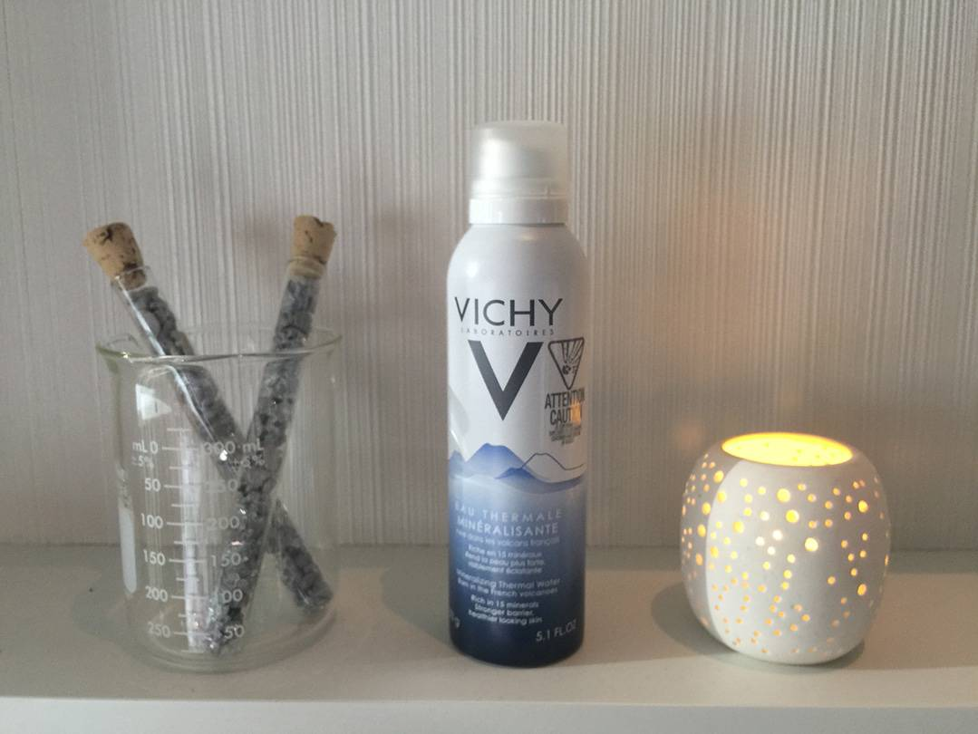 Vichy-Mineralizing-Thermal-Water-Facial-Mist