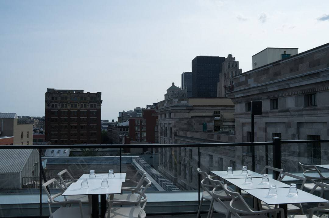 Rooftop patio Hotel William Grey Montreal