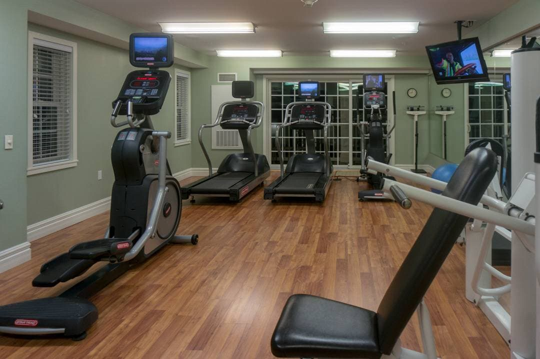 fitness room Watkins Glen Harbor Hotel NY