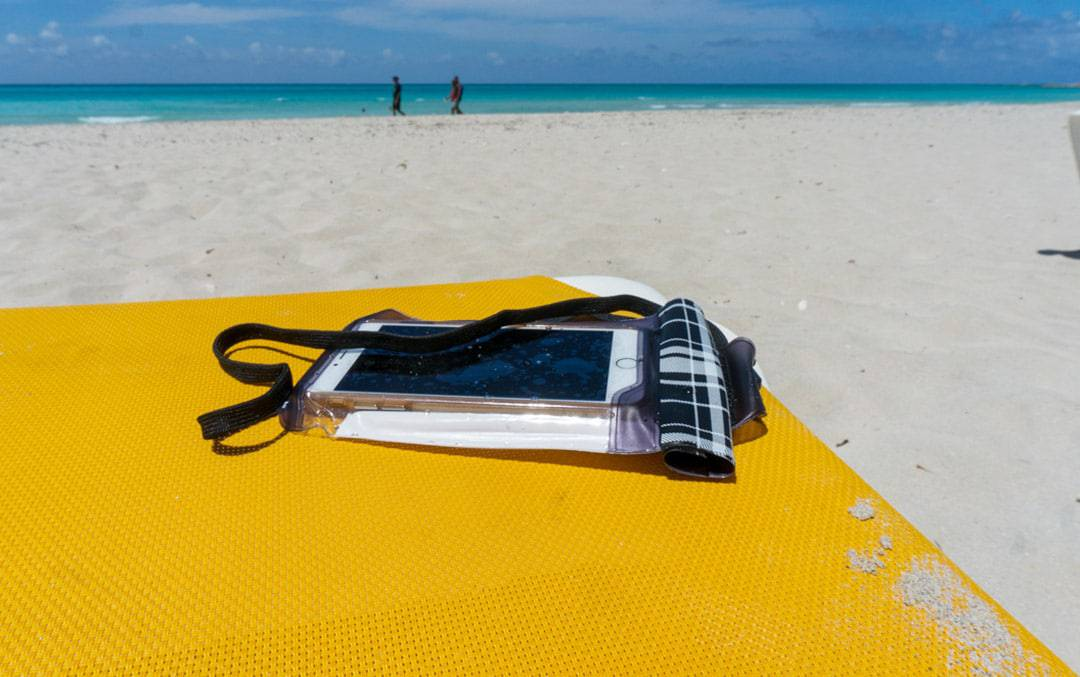 protect your phone on the beach Travelon waterproof smartphone bag