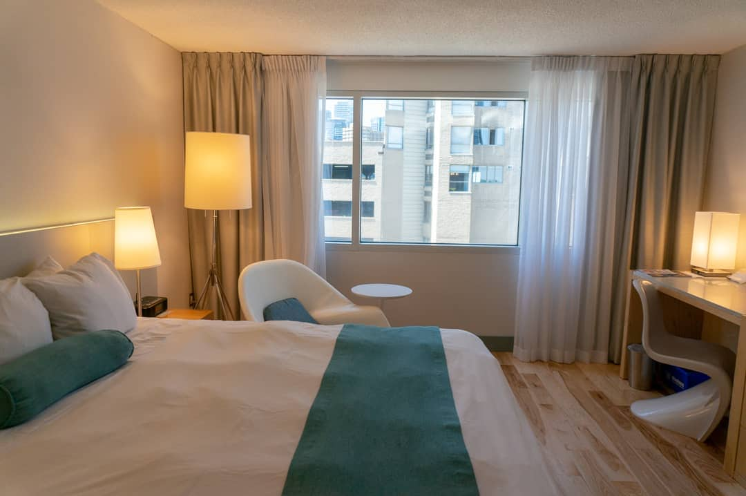 Staycation at the Radisson Admiral Hotel Toronto Harbourfront