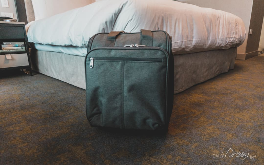 eBags branded luggage offers some great options for travel gear with some additional features you may not see on other brands.   #luggage #ebags #tote #packingcube  