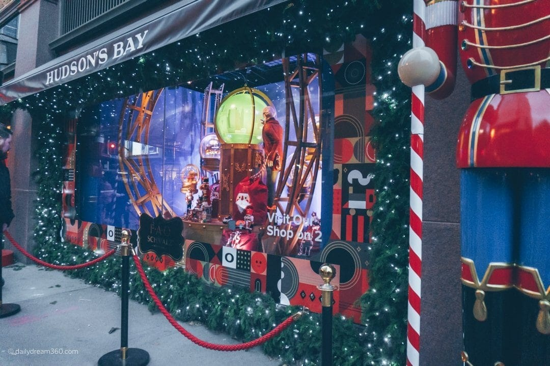 Hudsons Bay Holiday window display