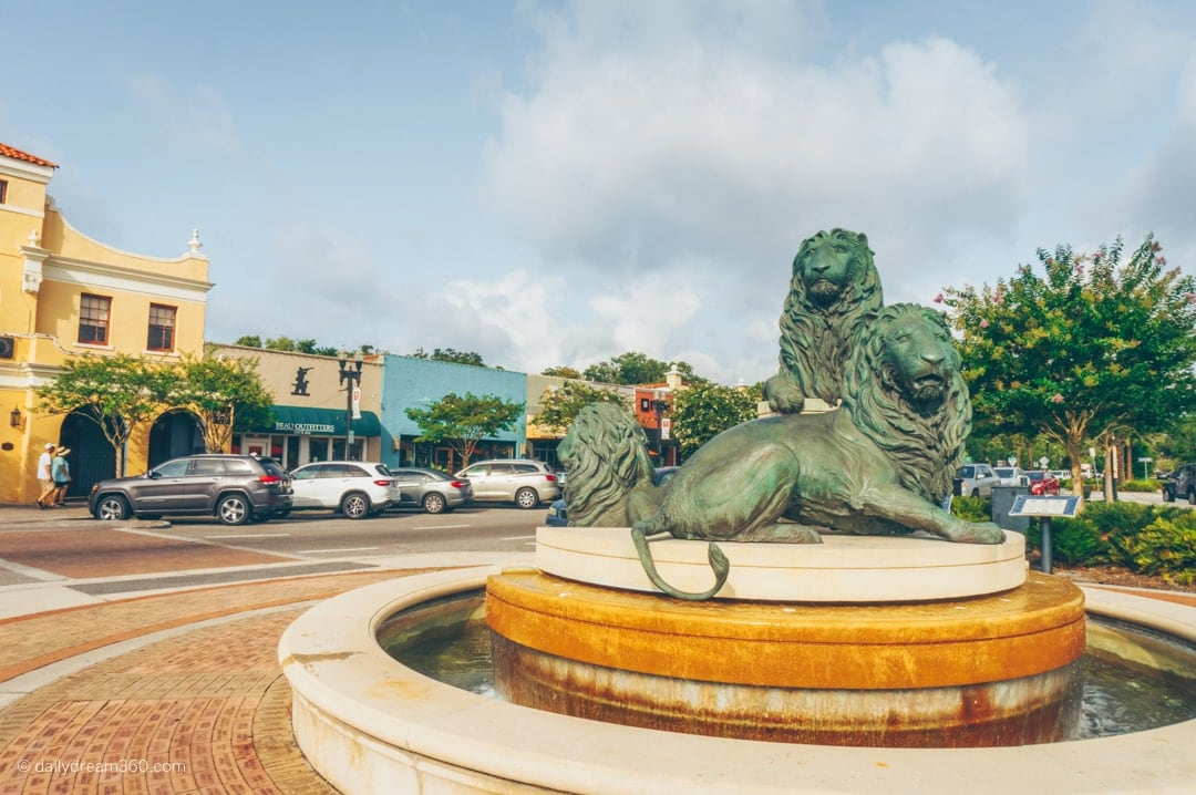Lions statue in centre of shopping area in San Marco Neighbourhood in Jacksonville