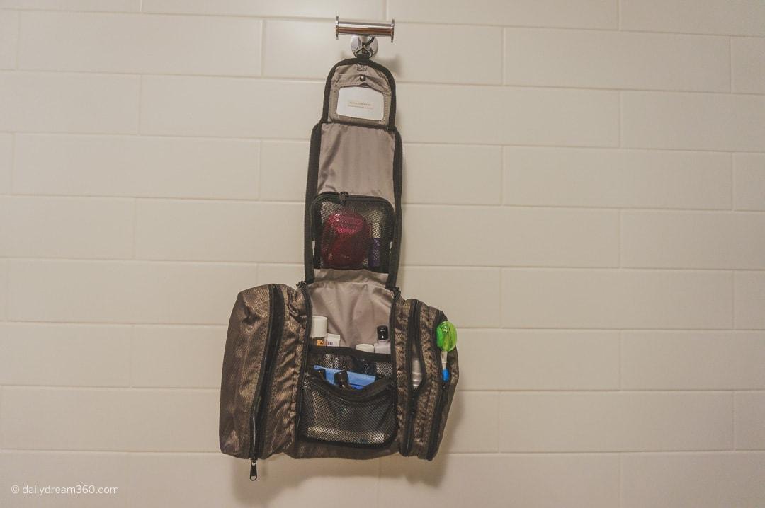 ebags_Pack-it-Flat Toiletry Kit