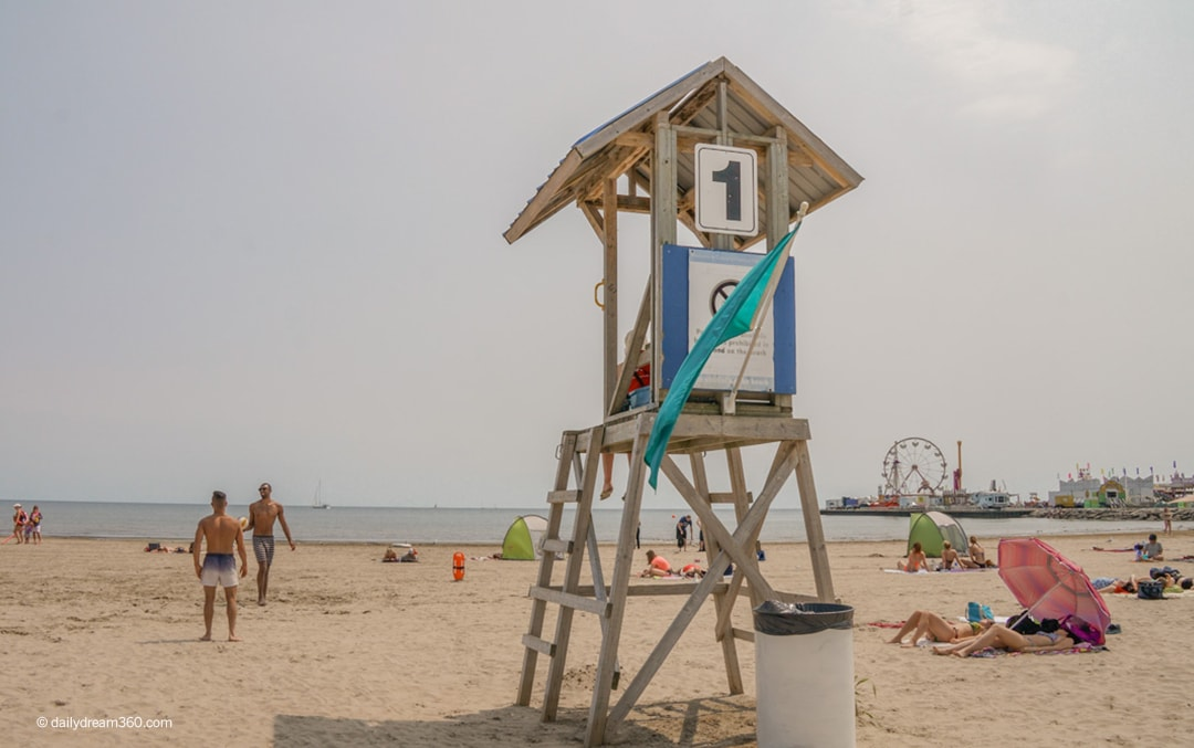 Summer Road Trip to Cobourg Beach and Port Hope Ontario