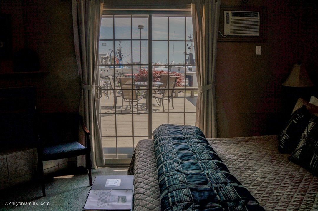 harbour view room at Inn on the Harbour Port Stanley ON